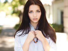 Работа для девушек 18 лет: материальная стабильность в юности