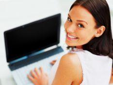 Зарплата моделей в онлайн чатах. Сколько девушки зарабатывают в онлайн чатах?
